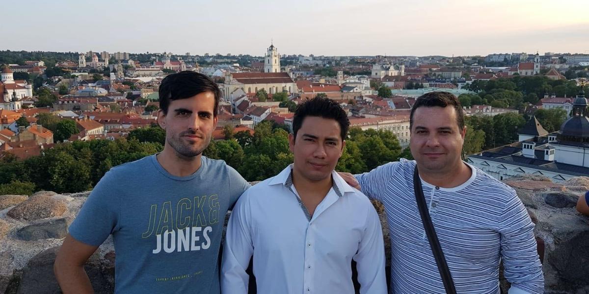 Lanzar una empresa global gracias a Estonia: QuantGemFx
